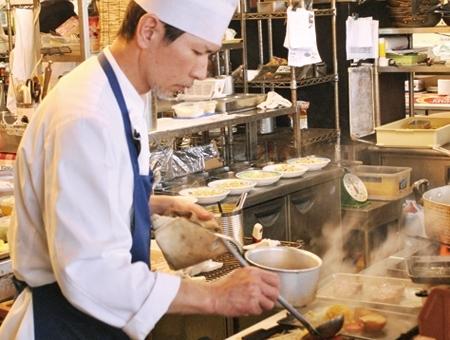 未経験から学べるレストラン調理
