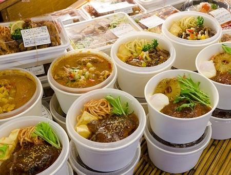 弁当の調理補助(県庁店)